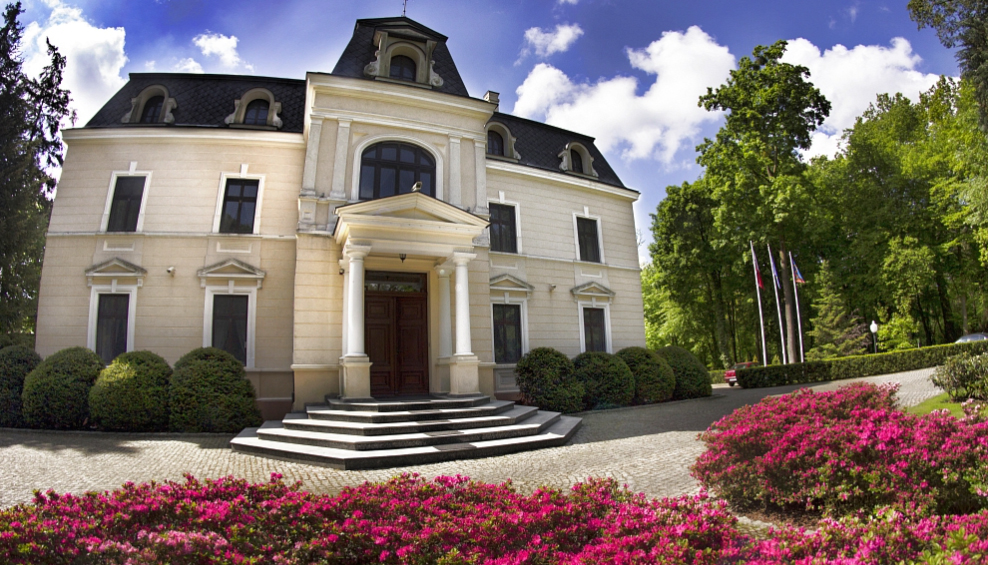 Pałac Bagatela
